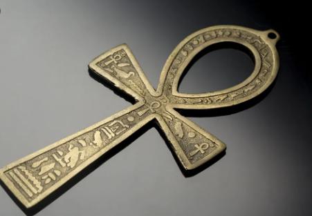 Ankh amuleto egipcio